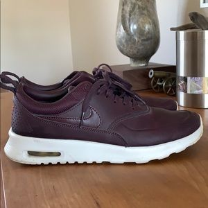 NIKE Air Max Thea SE, 7.5, used